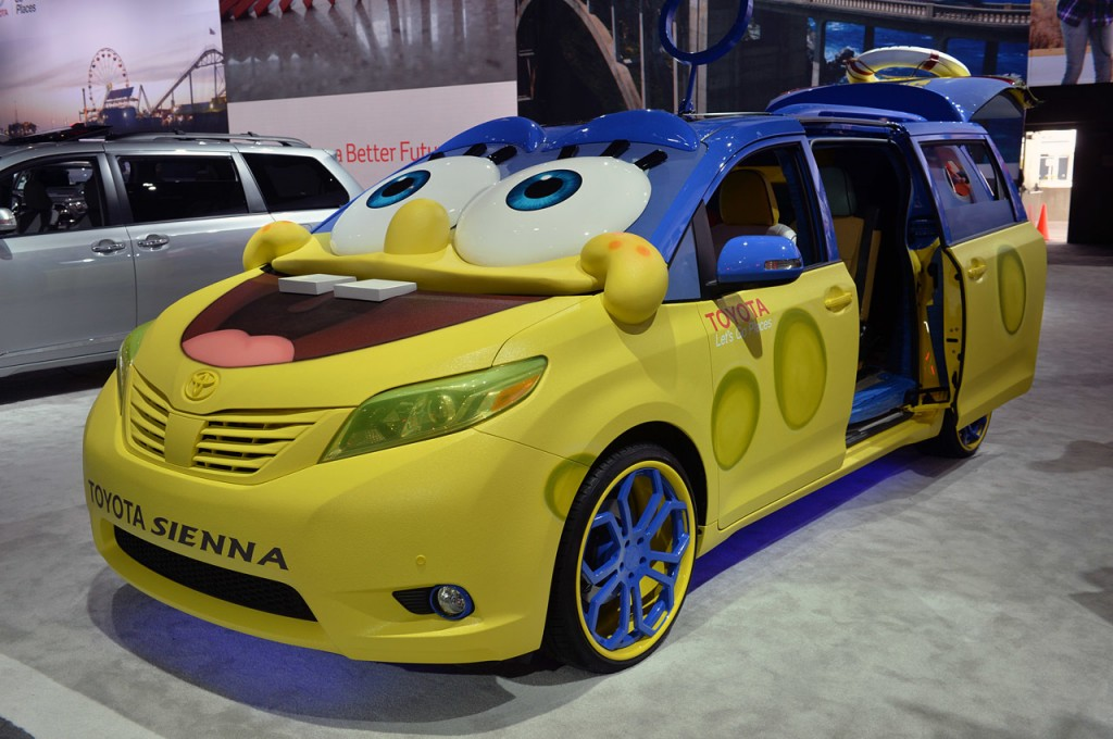 2015-Toyota-Sienna-SpongeBob-Movie-Themed-Los-Angeles-Auto-Show-2014-Photo-3